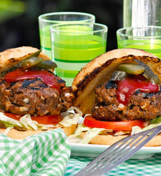 Classic beef burgers