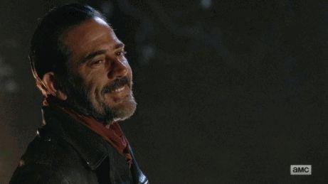 Amo esse homem, amo esse sorriso, amo esse charme, mas o grande problema é que é o Negan! E Negan é o Jeffrey Dean Morgan numa jaqueta de couro, ou seja, lindo, gostoso e maravilhoso!!!!!