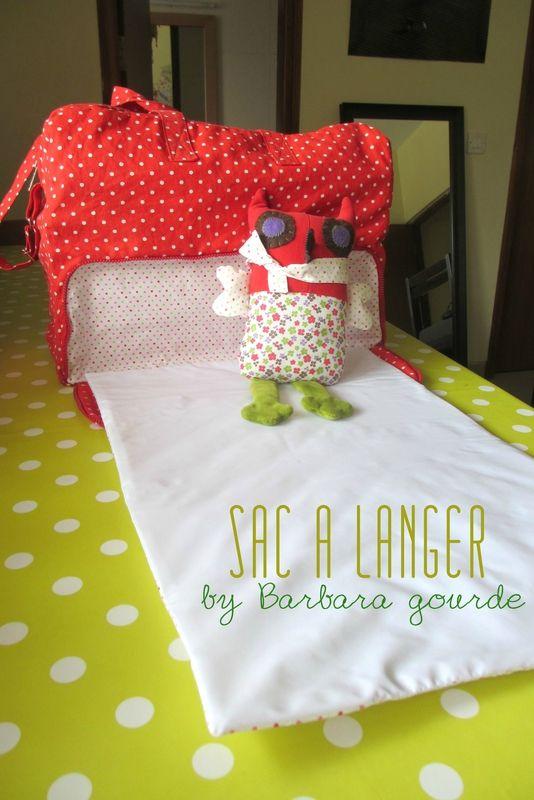 Sac week end de Aime comme Marie transformé en sac à langer avec tapis intégré - By Barbara Gourde