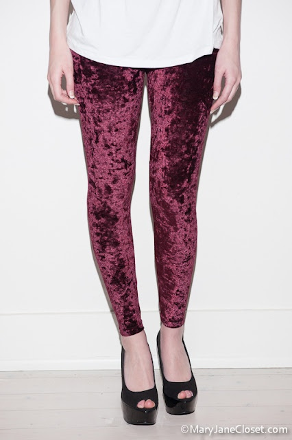 Velvet tights! Had some in 1992.Velvet Fabrics, Purple Velvet, Black And White, Black Pairings, Colours Legs, Stripes Shirts, Legs Life, Velvet Tights, Velvet Legs