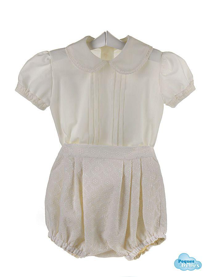 Conjunto de bebé de camisa de color marfil con jaretas en el delantero y cuello bebé rematado ,al igual que las mangas, con una tirabordada del mismo color, y ranita confeccionada en batista bordada.  http://www.pequesybebes.es/conjuntos-bebe-nino-nina-verano/380-conjunto-bebe-ranita-camisa-batista-bordada.html