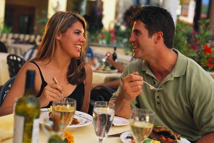 Quieres saber como mejorar la relacion de pareja? Descubre la importancia que tienen las citas o escapadas de fin de semana para mejorar tu matrimonio y cómo llevarlas a cabo para alejarlos del borde de la separación! CLICK AQUI: www.comosalvarmimatrimoniohoy.info/como-mejorar-la-relacion-de-pareja-la-importancia-de-las-citas-para-salvar-un-matrimonio/