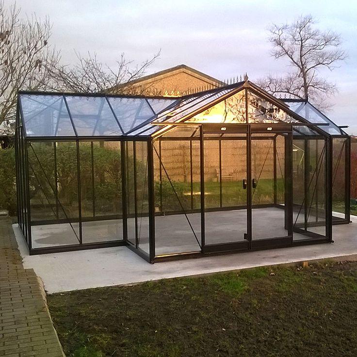 Orangeri Sophie med säkerhetsglas med aluminiumprofiler #Växthus #Orangeri #Uterum #Sophie