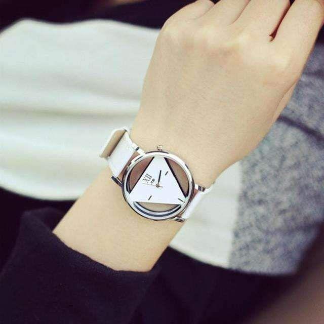 Women Hollowed-out Triangular Dial Fashion Quartz-Watch