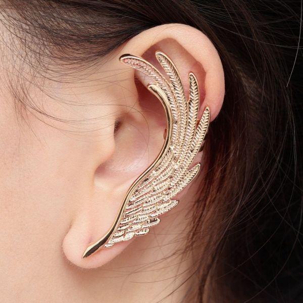 Otro ear cuff de alas, muy lindo