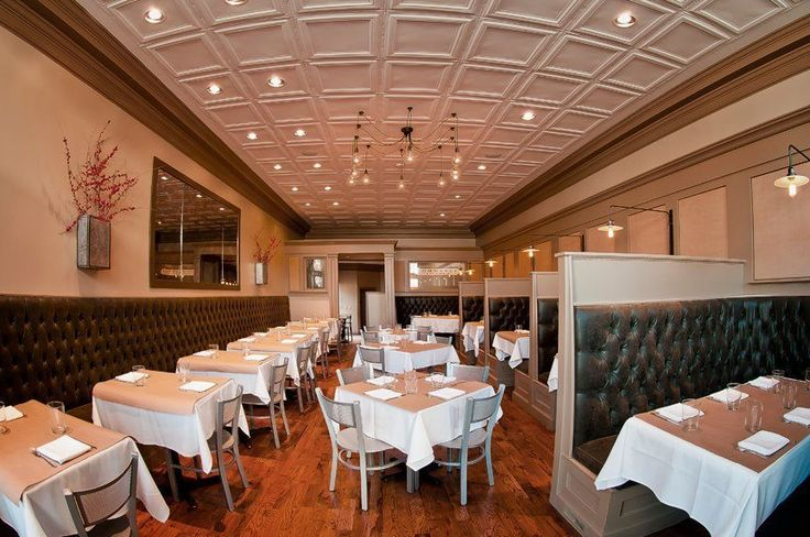Commerce Kitchen  Rounding out Chef James Boyce's trio of upscale dining in historic downtown Huntsville is Commerce Kitchen. Chef Boyce offers up traditional Southern comfort food, but with the modern twist that he does so perfectly. The classic BLT with a fried green tomato and smoked aioli, and Southern staple of shrimp and grits is made with Gulf Coast shrimp, stone-ground Falls Mills grits, and kicked with creamy garlic and parmesan sauce.
