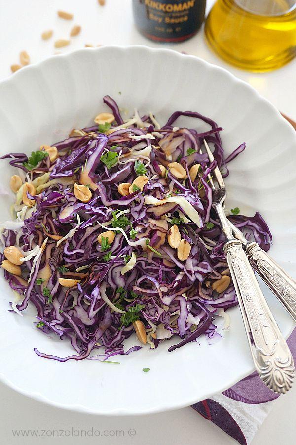 Insalata di cavolo cappuccio e arachidi - Red cabbage and peanut salad | From Zonzolando.com