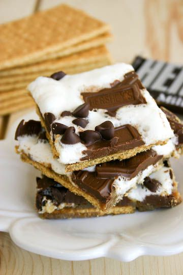 Baked S'mores: Crackers Smore, Smore Candy, Brown Sugar, Chocolates Sauce,  Chocolates Syrup, Graham Crackers, Crackers Candy, Smore Crackers, S More Crackers