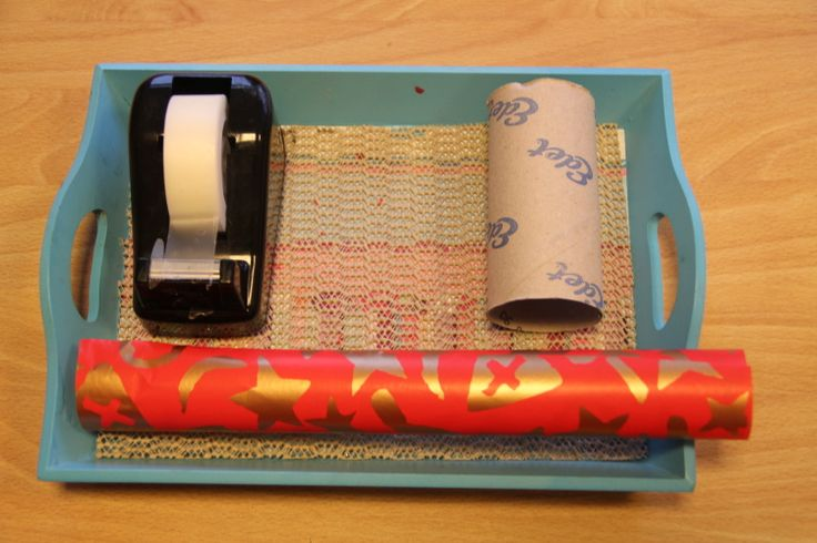 zelf cadeautjes inpakken Sinterklaas- Montessorinet