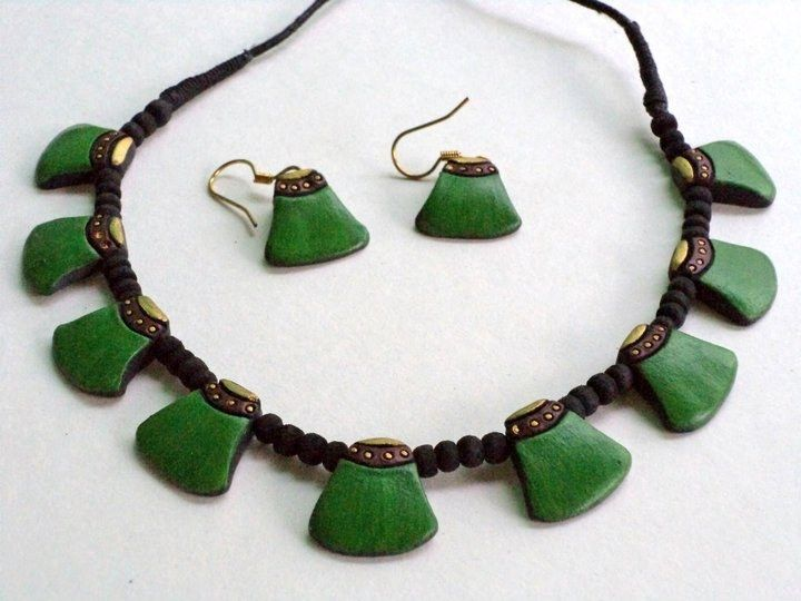 Craftsvilla - Terracotta Jewellery Set with earings-petals ...