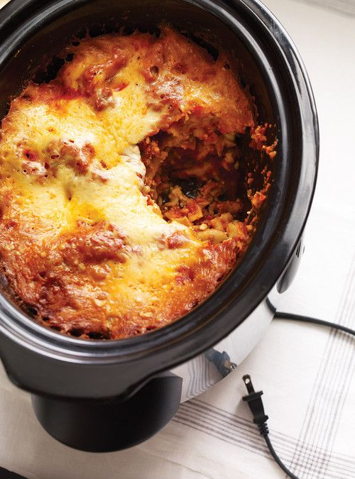 slow cooker lasagna.... delish