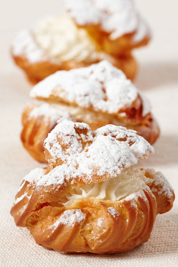easy desserts & recipes- cookie topped cream puffs & profiterole's & choux cream puffs