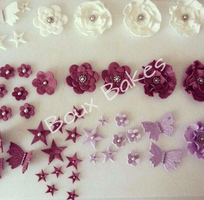 Assorted edible sugarpaste decorations