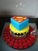 Superhero cake ~ Need this for Aidan's birthday party this year!