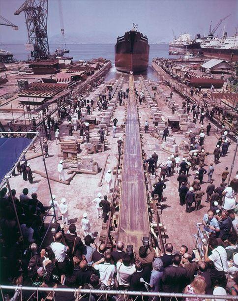 The launching of the HELLENIC RENAISSANCE on 3 August 1968. /  Η καθέλκυση του HELLENIC RENAISSANCE στις 3 Αυγούστου 1968.