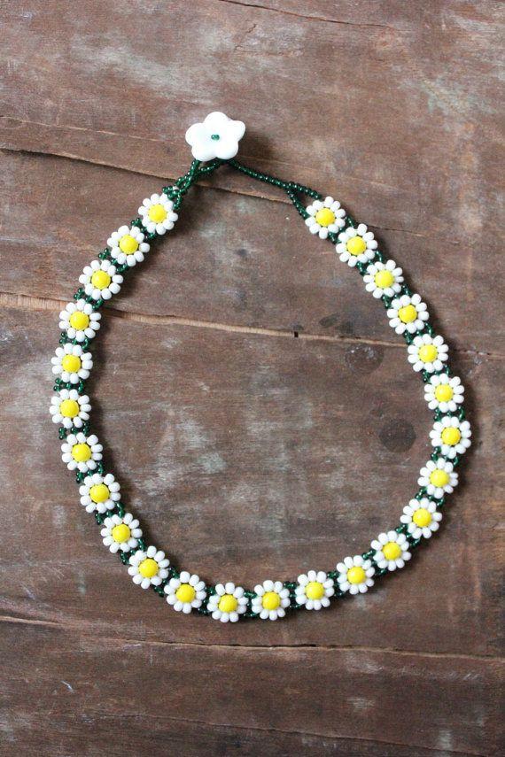 Vintage handmade glass beaded Daisy Chain Spring Choker Necklace
