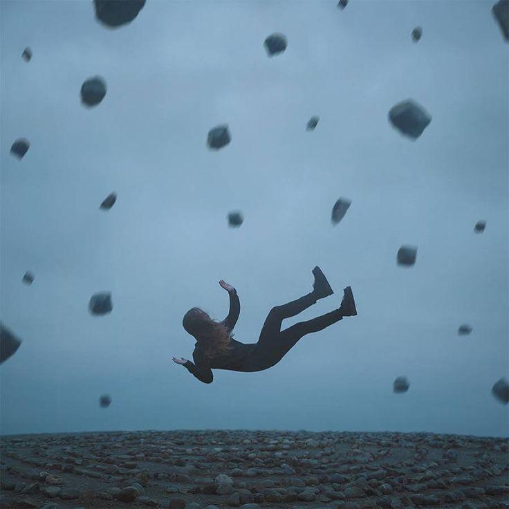 Surreal Melancholic Photographs by Gabriel Isak – Fubiz Media