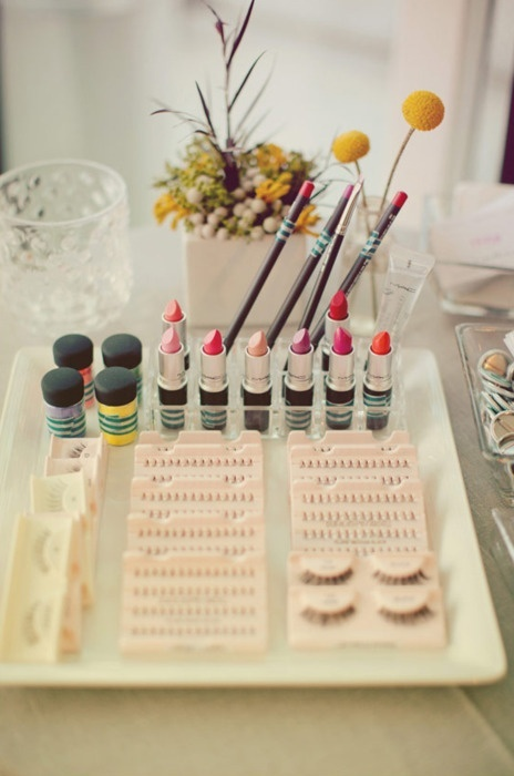 Makeup Organic, Ideas, Mac Mac, Vanities, Makeup Brushes, Daily Makeup, Beautiful Tips, Hair, Spa Night