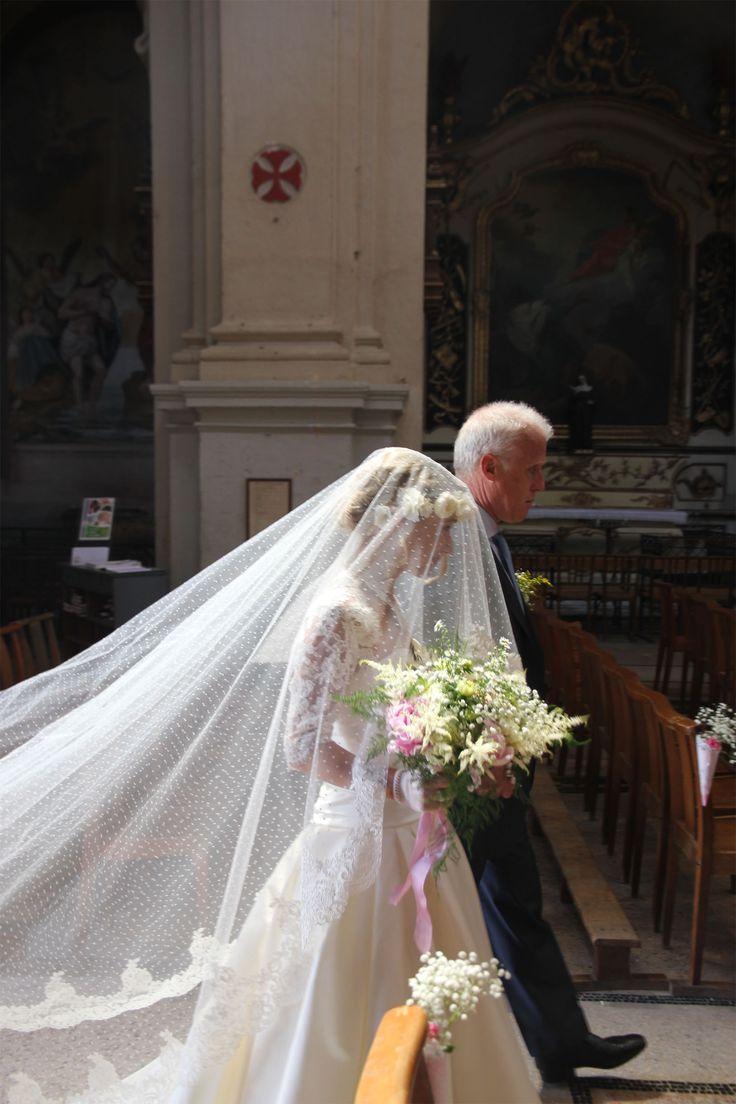 Notre mariage religieux: mon voile de mariée