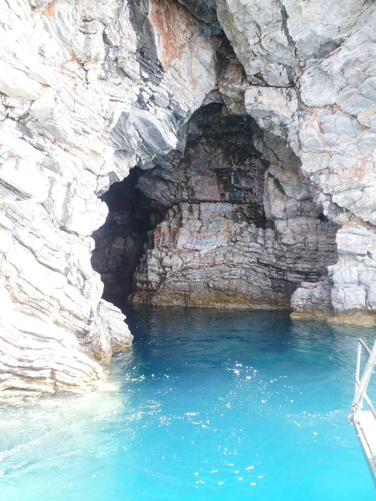 Wishing cave.. Icmeler