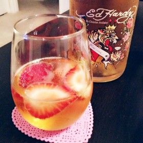 苺のシャンパンカクテル♡