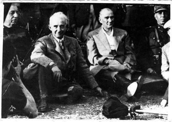 ✿ ❤ Atatürk ve İsmet İnönü.