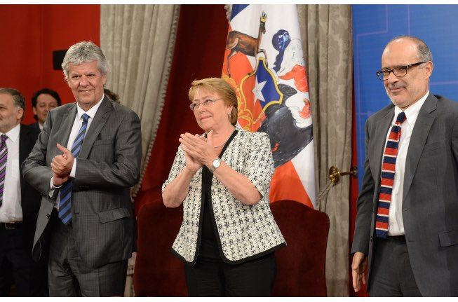 ciencia-1 En Chile se firma Proyecto de Ley que crea el Ministerio de Ciencia y Tecnología