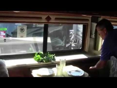 2013 Winnebago Tour 42GD Motor Home(1/2)