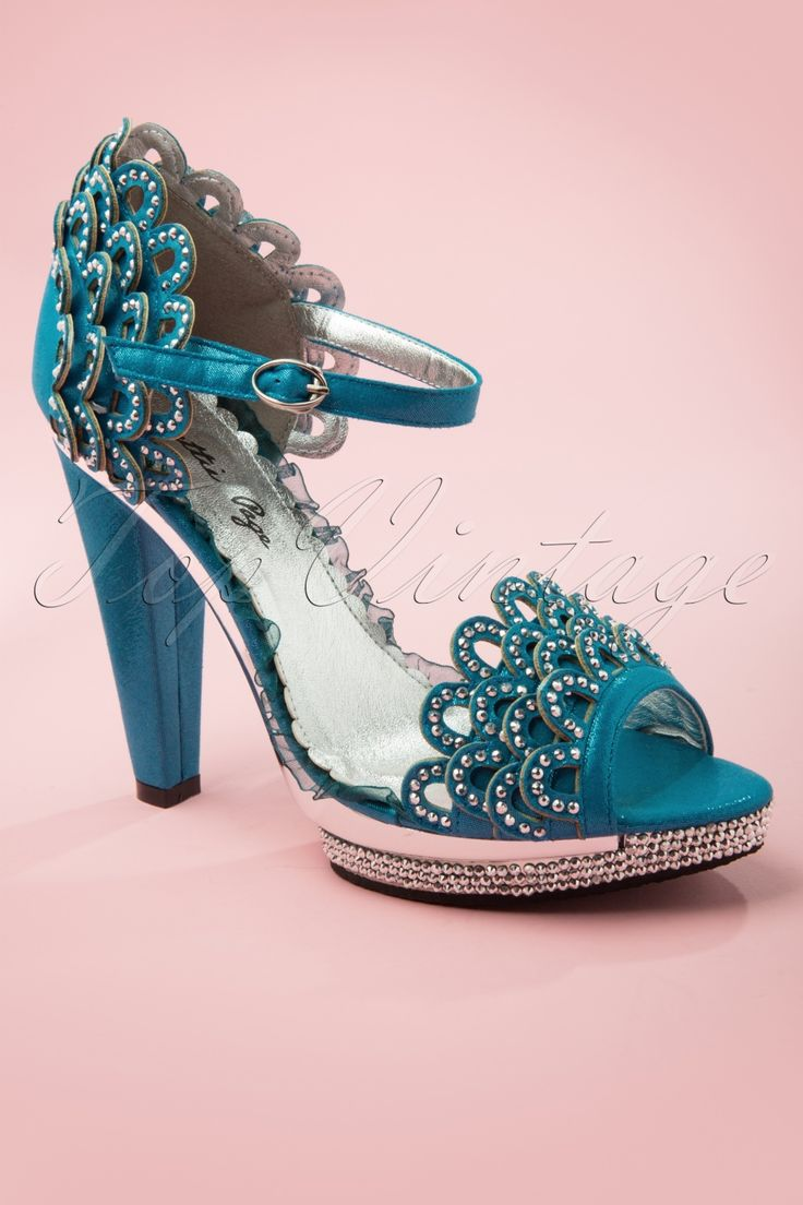 Shoes zone sandals - Bettie Page Shoes 20s Lourdes Rhinestone Scallop Sandals In Blue