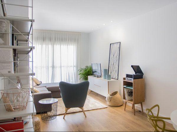 Mueble de tocadiscos de estilo nórdico Office Desk, Conference Room, Retro, Interior, Furniture, Home Decor, Image, Happy, Diner Decor