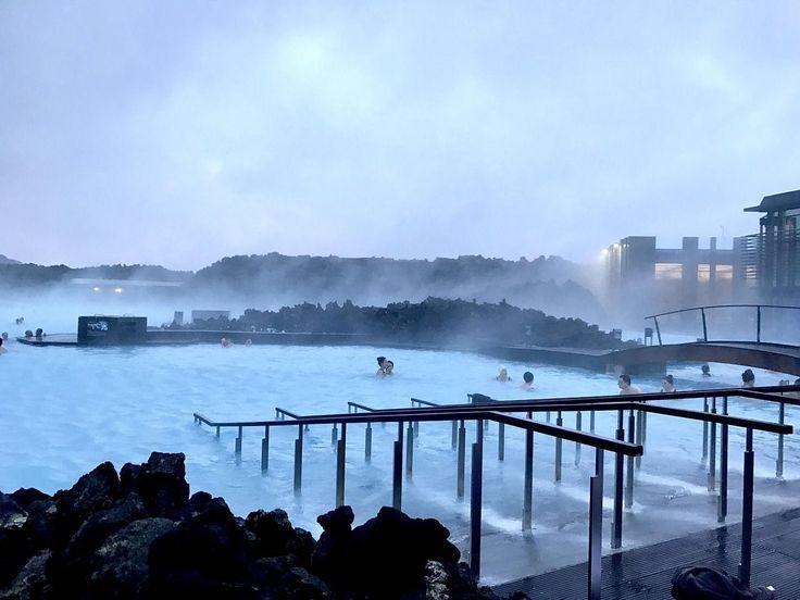 #LagunaAzul #BlueLagoon, balneario geotermal a 40min de #Reikiavik, de lo más visitado de #Islandia. http://www.reservarhotel.com/islandia/hoteles-en-reikiavik/ #reservarhotel