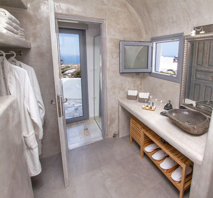 #Relax at #Compass_Villa, in #Oia.