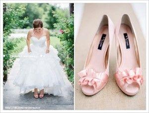 красивая свадьба в нежных тонах - розовые свадебные туфли