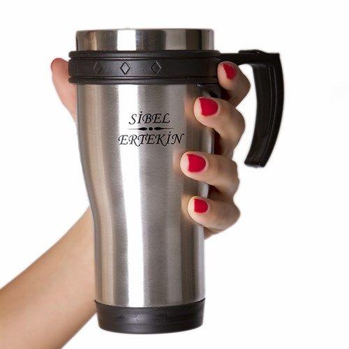 Sevgiliniz içeceklerini yanında taşımayı seviyorsa, ona üzerinde isminin yazılı olduğu termos bardak hediye etmeye ne dersiniz?  http://www.buldumbuldum.com/hediye/kisiye_ozel_termos_bardak/