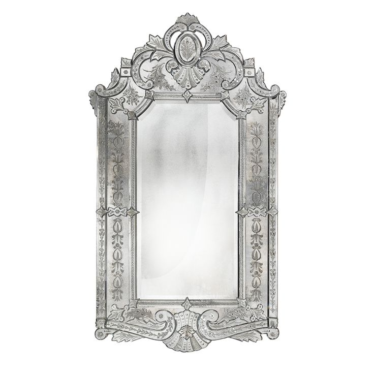6717 Engraved and antiqued mirror in 18th century French style. Structure in antiqued solid wood.
