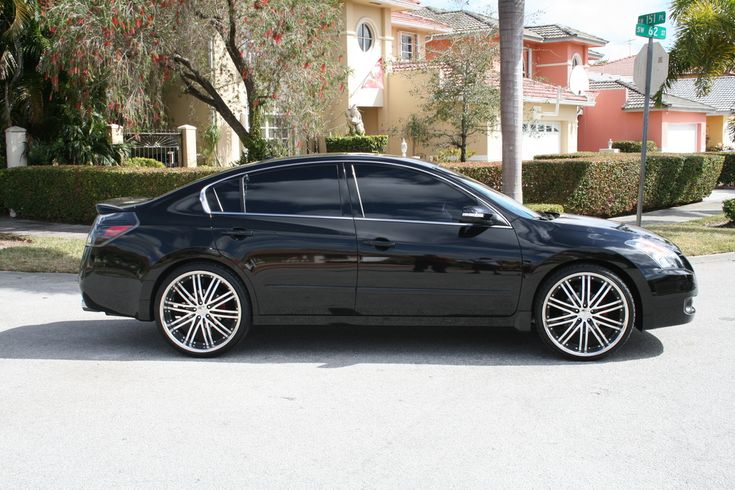 "2009 nissan altima 2.5 on rims | Only Altima running on 22"" Vossen Staggered Rims. Had to shave the ..."