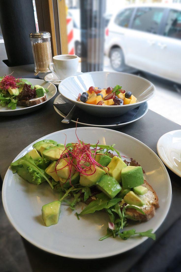 Lecker Frühstücken in Berlin - das ist das Oliv. Leckeres Essen, cooles Interior und das ganz zentral in Berlin Mitte.