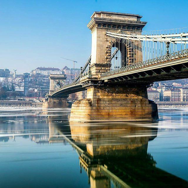 Photo : @markpozsonyi . . . . . #budapest #hungary #chainbridge #living_europe #momentsinbudapest #ig_hungary #ig_budapest #long_exposure #long_exposure_pics #longexpo #longexpo_kings #longexpo_elite #loves_longexpo #loves_longexposure #longexposure_shots #longexpoelite #danube #hdr #reflection #bridge #architecture #winter #longexposhots #longexposureoftheday #longexposurephotography #longexpohunter #longexpo_addiction #superphoto_longexpo #sunny