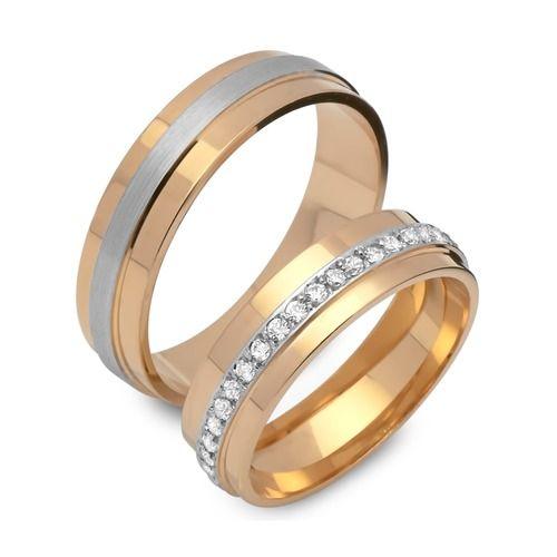 Bestellen Sie Verlobungsringe aus Silber, Trauringe aus Silber und Eheringe aus 925er Silber mit Gravur sowie mit Gratisetui günstig in unserem Online Shop.