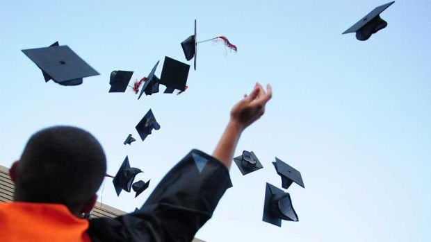 Congratulations, you've graduated! Now what? Mount Royal University instructor Heather Heasman has some job-hunt advice for those…