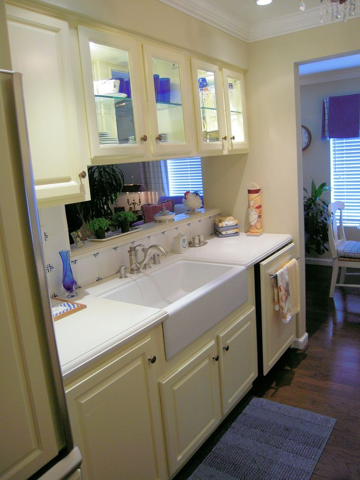 1000 images about house projects on pinterest galley for Galley kitchen with breakfast nook