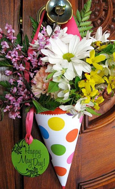 Make some May Day flower baskets...to be left on neighbors doorknobs anonymously