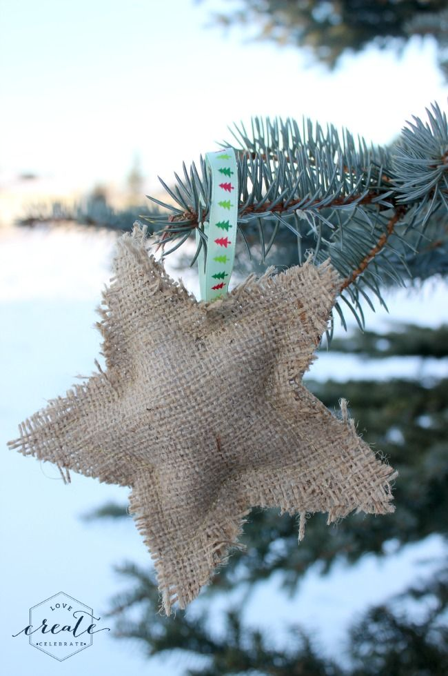 Burlap Ornaments - Tutorial, including shape templates for making rustic burlap ornaments for Christmas. Star, candy cane, and tree :)