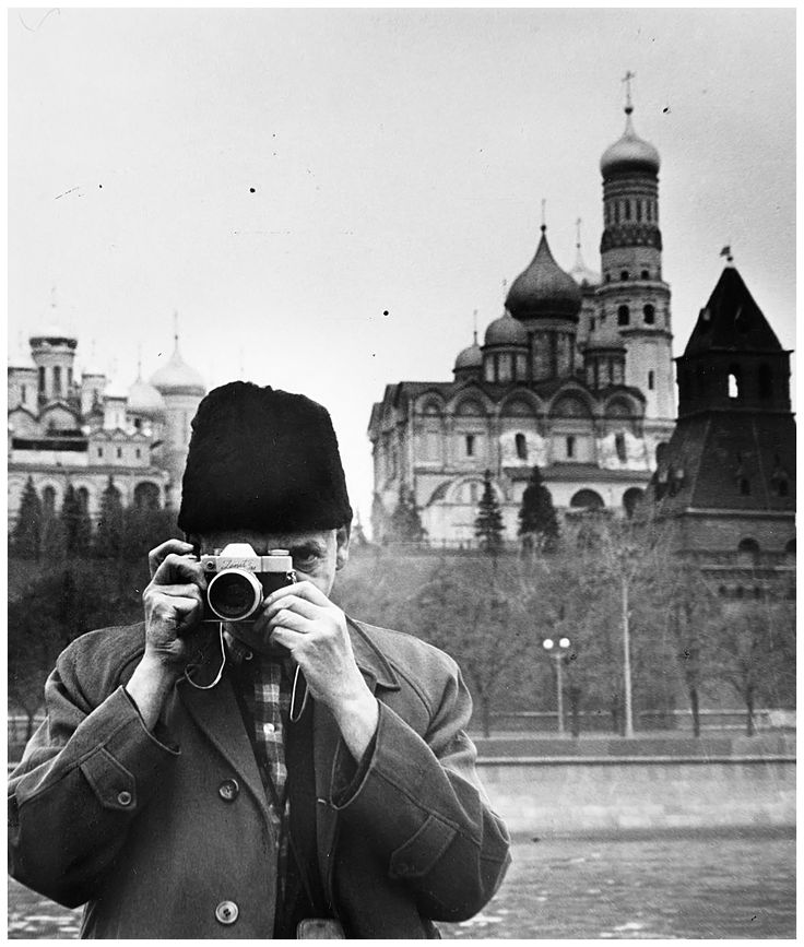 Weegee (Arthur Fellig) Self-portrait in Moscow, circa 1960