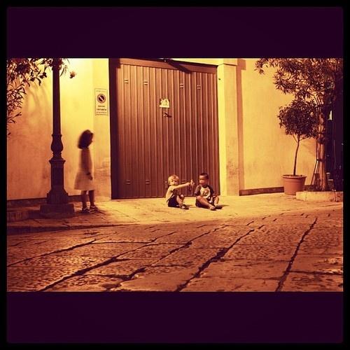 #Scicli: gioco in una notte di mezza estate  Instagram: andreacasalegno  #sciclidigitale #Italy #Sicily #instagram