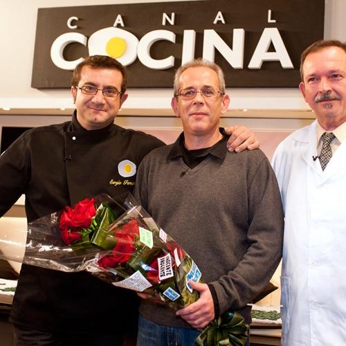 17 mejores im genes sobre famosos cocinillas en pinterest actors chefs y bar - Cocina canal sur ...