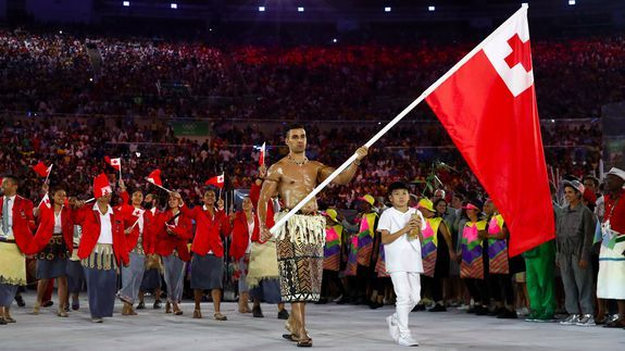 The Olympics' oiliest man shines in opening ceremony