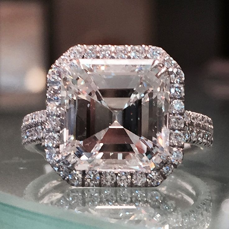 Asscher cut diamond engagement ring. Stunning 5.01 asscher cut diamond…