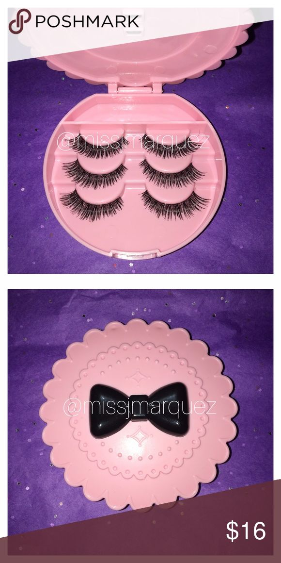 Eyelash Bow Case Brand New. Eyelash Bow Case with 3 lashes included. This holds up to 3 beautiful lashes & a small glue.    ❣I also carry this in MINT & PURPLE  💜 Bundle & Save  🚫NO TRADE.  Tags: Bow Case/ Lash Storage/ Eyelashes Holder/ Eyelash Case/ Lash Box/ Eyelashes Container/ False Lashes Case/ White/ Black Bow Makeup False Eyelashes