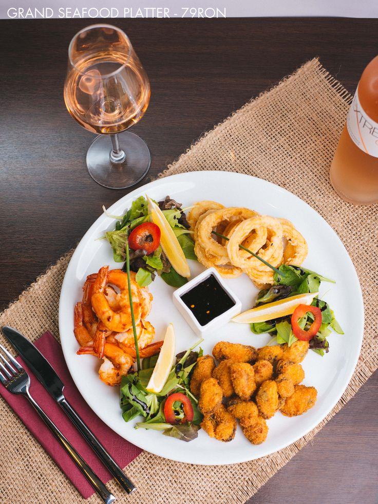 Grand Seafood Platter - Fried Calamari Rings, Grilled Shrimps, Fried Mussels Wine Pairing: Extreme Gris Rose (Cotes du Provence, France)